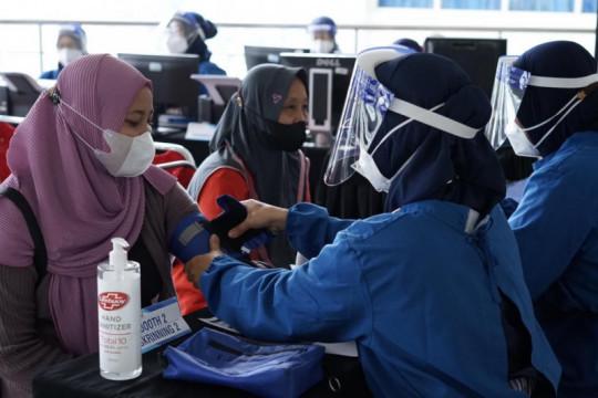 Muhammadiyah minta masyarakat tak lengah kendati angka COVID-19 turun