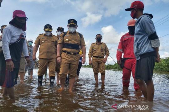 Gubernur Kalteng kirim tiga ribu paket bantuan untuk korban banjir
