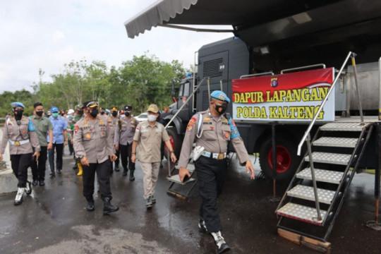 Polda Kalteng dirikan dapur lapangan bantu korban banjir Katingan