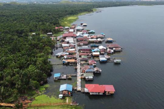 Kementerian PUPR bedah 50 rumah untuk kampung wisata di Papua