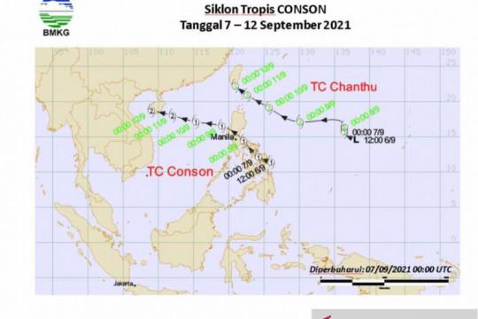 Dua siklon tropis terbentuk bersamaan berdampak pada cuaca Indonesia