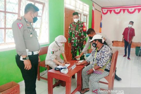 TNI/Polri bersinergi bantu vaksinasi warga Keerom di perbatasan RI-PNG