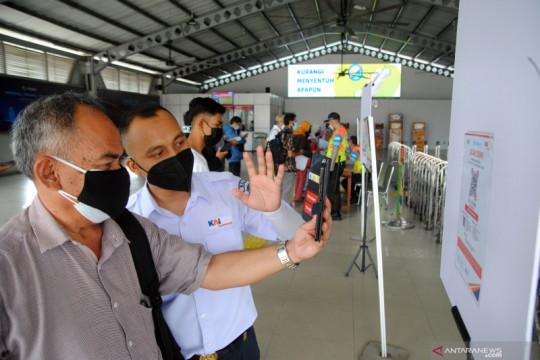 Mulai besok pengguna KRL Bogor naik turun lantai 2 Stasiun Manggarai