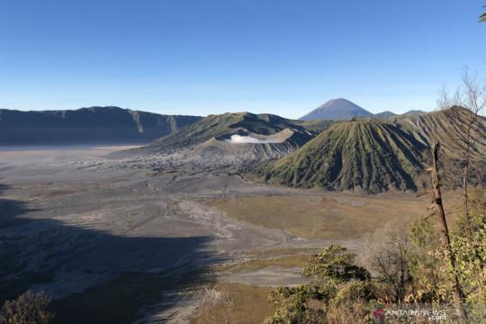Kawasan wisata Bromo melalui Probolinggo dibuka bagi wisatawan