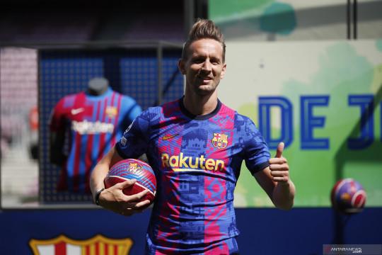 Luuk de Jong bergabung dengan Barcelona