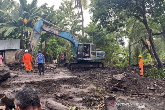 Satu korban banjir bandang dan longsor di Ngada belum ditemukan