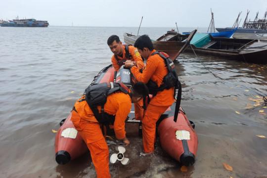 Tim SAR belum temukan nelayan Natuna jatuh dari kelong ikan