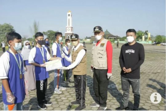 Bupati Pringsewu lepas 24 atlet menuju PON XX Papua