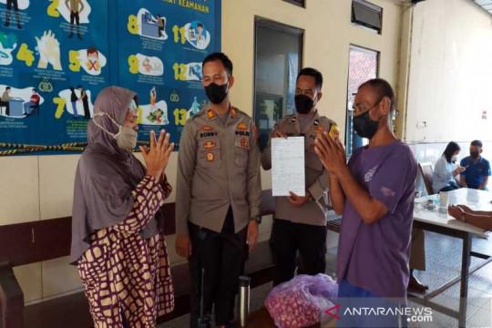 Polisi di Surakarta amankan seorang nenek curi bawang merah
