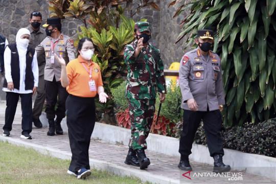 Panglima TNI dan Kapolri tinjau pelaksanaan vaksinasi di Malang