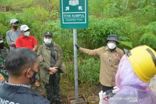 Mensos tekankan kesiapsiagaan tsunami di Pacitan
