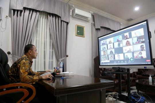 Wali Kota: APBD Surabaya wujudkan penghasilan warga setara UMK