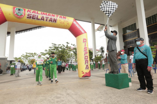 Kalsel gairahkan olahraga pelajar dengan lomba  gerak jalan