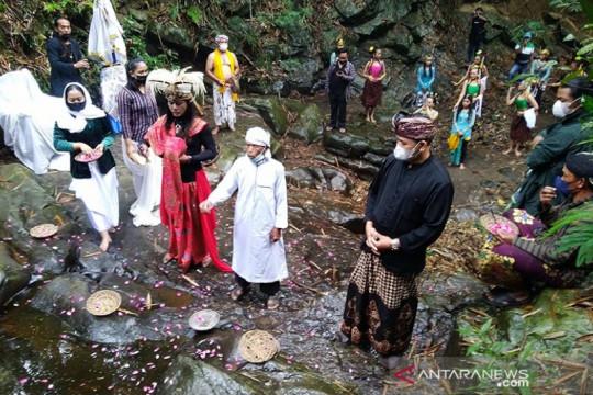 Festival Lima Gunung saat pandemi ungkap eksistensi seniman-petani