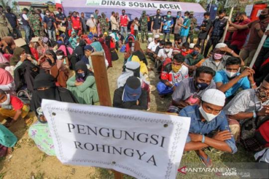 Menlu Retno ingatkan dunia agar tak kesampingkan isu Rohingya