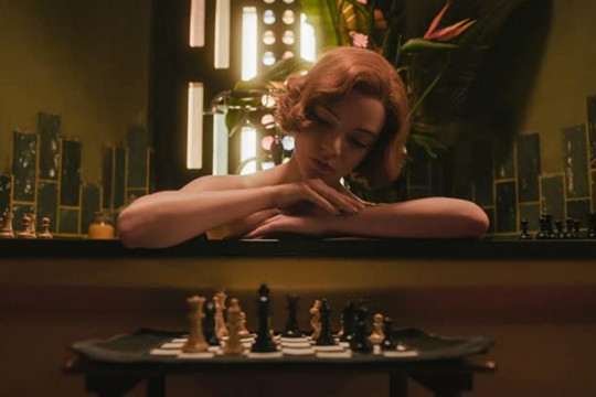 """The Queen's Gambit"" pimpin kemenangan Creative Arts Emmy Awards 2021"