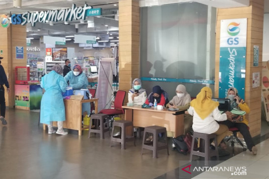 Kota Bekasi buka gerai pelayanan vaksinasi COVID-19 di pusat belanja