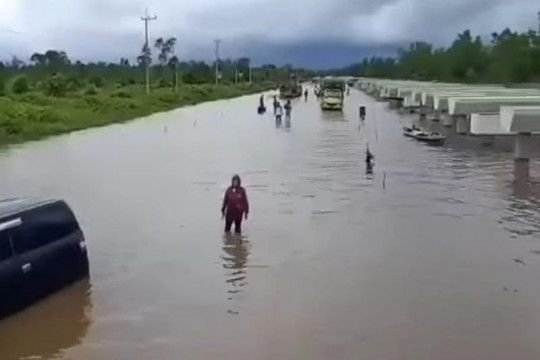 Polisi imbau pengendara tidak melintas jalur Palangka Raya-Gumas