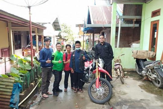Bantu dai pedalaman Mentawai, DD Singgalang serahkan motor dakwah