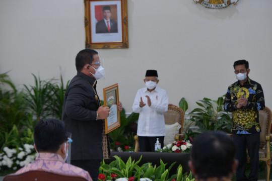 Lampung terima penghargaan peringkat pertama produksi padi nasional