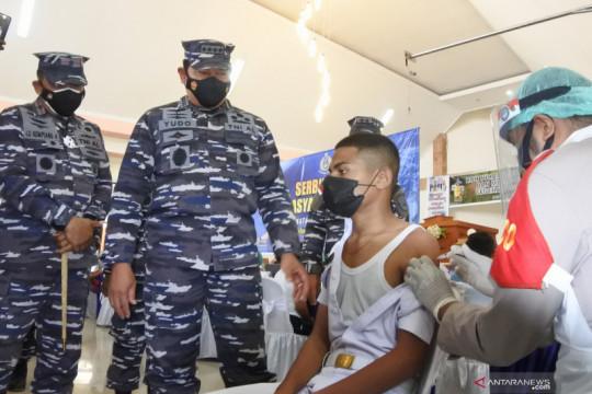 TNI AL upayakan kapal RS untuk vaksinasi masyarakat di pulau-pulau