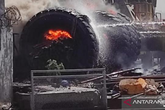 Ban terbakar di Terminal Petikemas Tanjung Priok bukan inventaris IPC