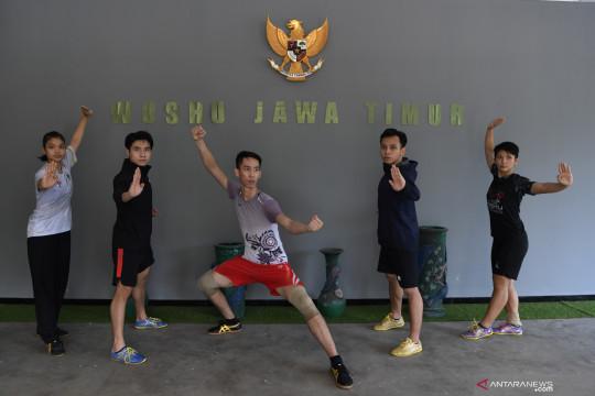 Latihan tim wushu Jawa Timur menjelang PON Papua