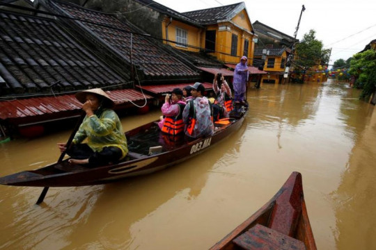 Vietnam peringatkan risiko banjir, longsor akibat badai Conson