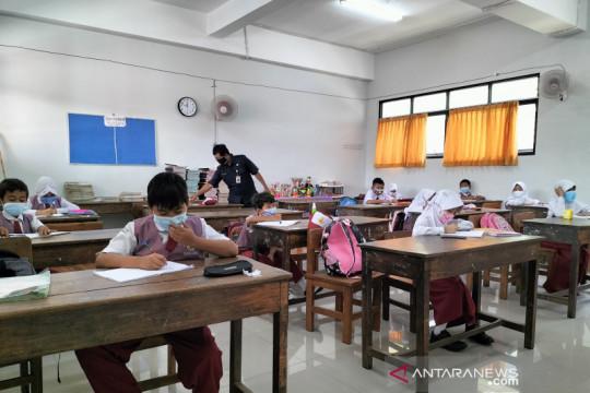 DKI kirim surat ke Kemdikbud-Ristek terkait klaster COVID-19 sekolah