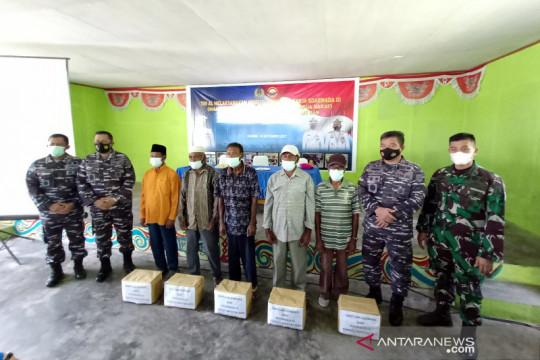 TNI AL gelar Komsosmar di Pulau Jefman Raja Ampat