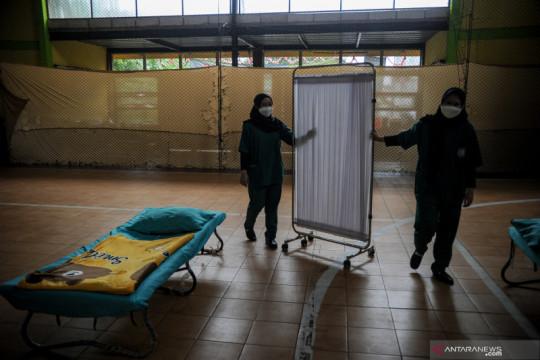 Tempat isolasi COVID-19 kosong tanpa pasien