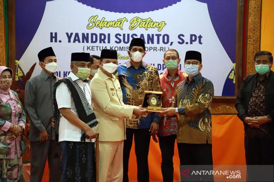 Bupati Aceh Besar sampaikan progres pembangunan ke Komisi VIII DPR RI