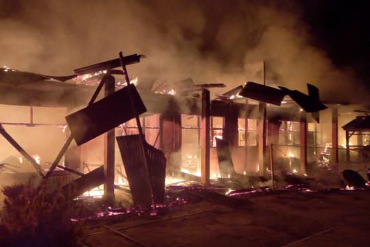 Ponpes Nurul Iman Dharmasraya terbakar