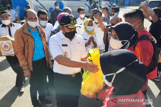 Wagub Sumbar lepas kontingen pertama berangkat ke Papua