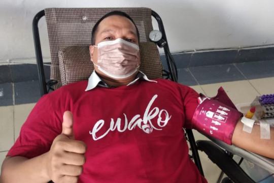 Yayasan Hadji Kalla penuhi 292 kantong stok darah PMI