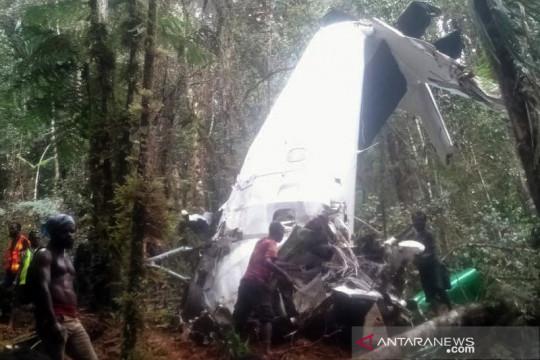 Evakuasi jenazah kru pesawat Rimbun Air di Bilogai terkendala cuaca