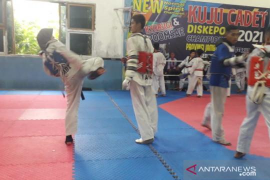 Taekwondoin Jambi waspadai Jawa Barat di PON