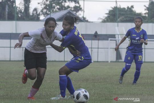Uji coba timnas sepak bola wanita