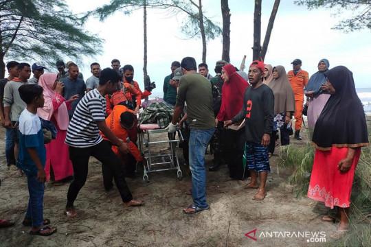 Tim SAR evakuasi korban tenggelam di Aceh Besar