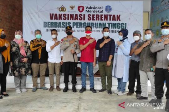 Stafsus Presiden selenggarakan vaksinasi COVID-19 bagi mahasiswa UBB