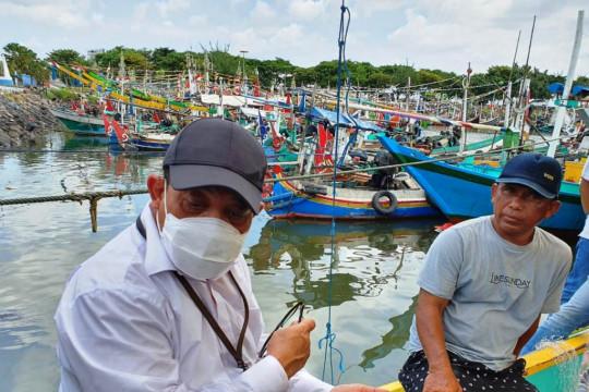 """DPM-PTSP Jatim """"jemput bola"""" layani perizinan usaha nelayan"""
