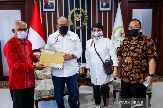 Perkumpulan Penghuni Tanah Surat Ijo Surabaya minta bantuan La Nyalla