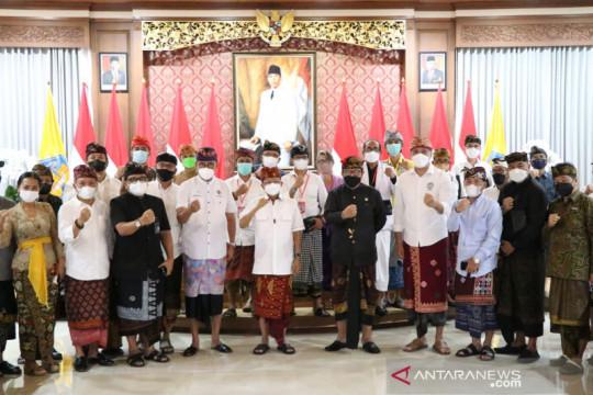 Gubernur Bali ajak komponen pariwisata solid dukung pemerintah