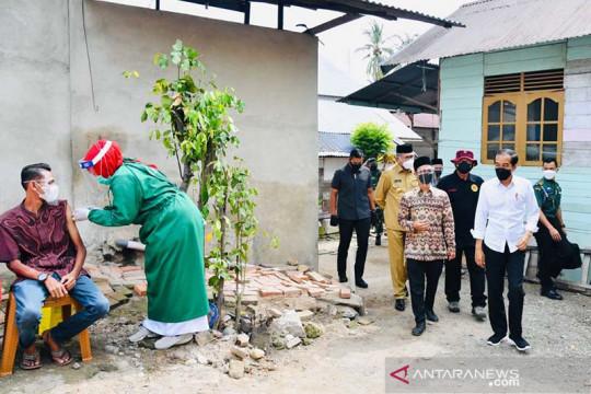 Di Aceh Besar, Presiden Jokowi disambut salawat badar