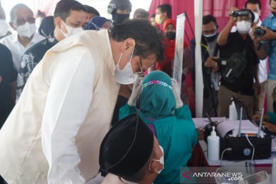 Airlangga tegaskan pemerintah terus upayakan akselerasi vaksinasi