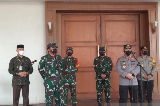Panglima TNI minta target vaksinasi di Jambi di atas 50 persen
