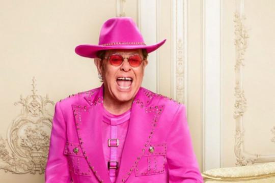 """Elton John tunda tur """"Farewell Yellow Brick Road"""" hingga 2023"""