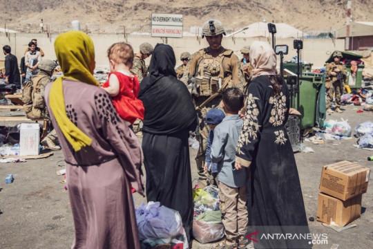 Penerbangan sewa ke-4 bawa warga Afghanistan, AS, Eropa keluar Kabul