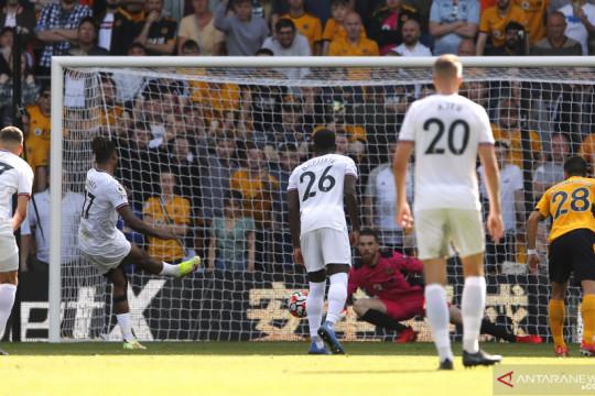 10 pemain Brentford sukses curi kemenangan atas Wolves