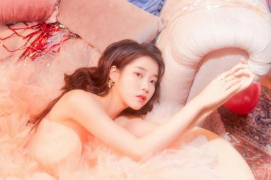 IU rayakan 13 tahun debut lewat donasi barang senilai Rp10 miliar